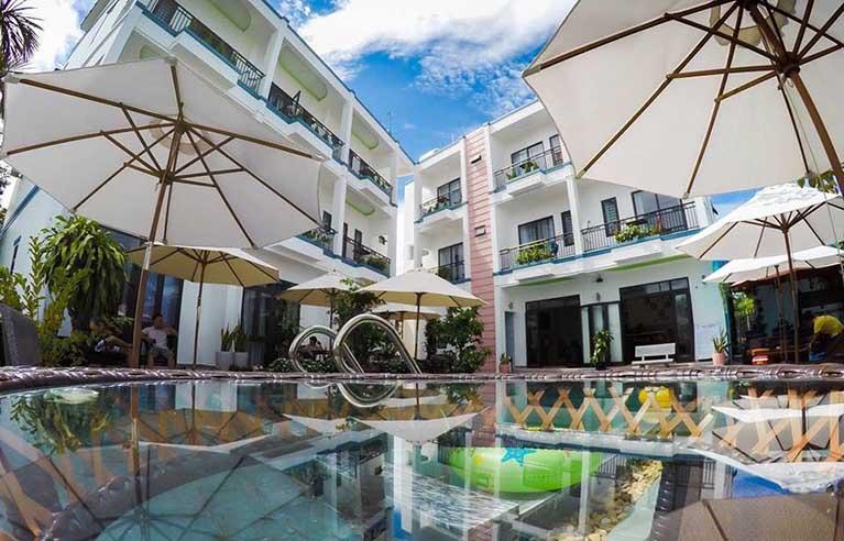 HAVL18 - Villa sân vườn Hội An 14 phòng ngủ