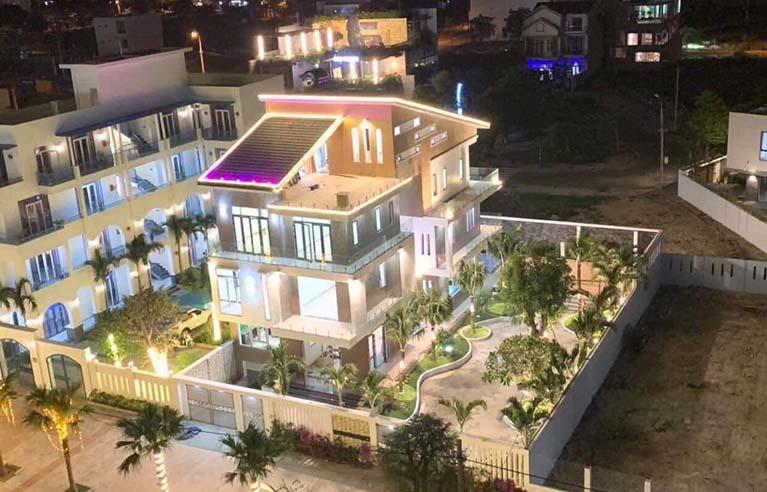DNVL39 - Villa 9 phòng ngủ gần cầu Thuận Phước