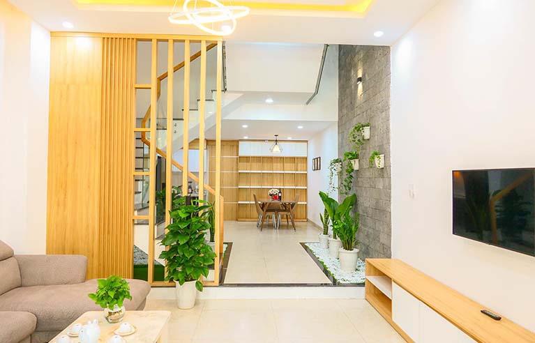 DNHS9 - Homestay 5 phòng ngủ gần biển Phạm Văn Đồng