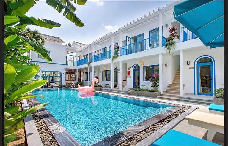Villa sân vườn 10 phòng ngủ gần Phố Cổ